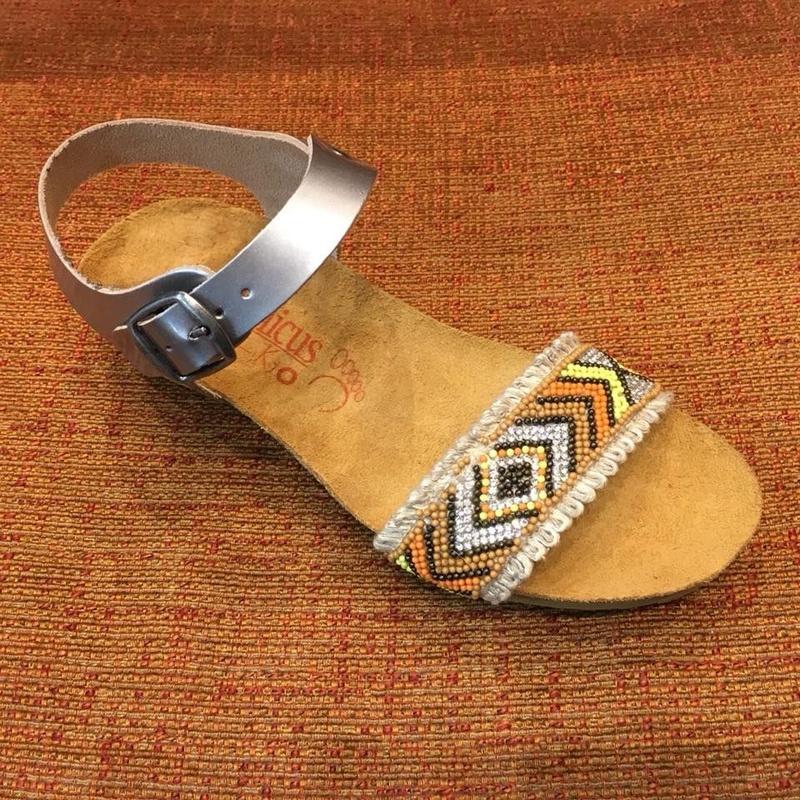Sandalia de la marca Tamicus: Catálogo de Calçats Llinàs