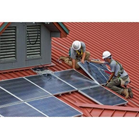 Instalaciones solares fotovoltaicas: Servicios de Refryel