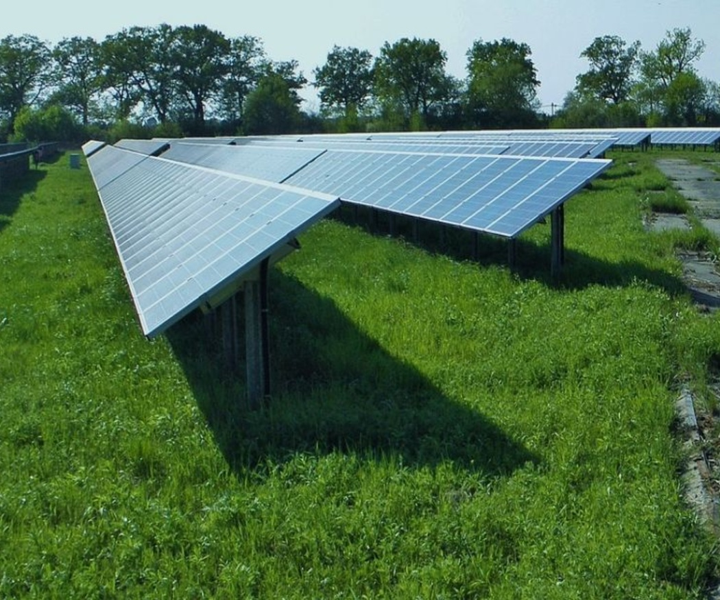 Diferencia entre paneles fotovoltaicos y colectores térmicos