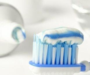 Atención telefónica y guía para la salud dental en el confinamiento