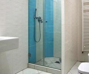 Arreglo de cisternas de baño