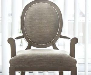 Gran variedad de modelos de sillas y butacas