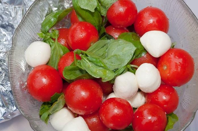 Mozzarela tomate: Carta de Pizzeria Fralisani