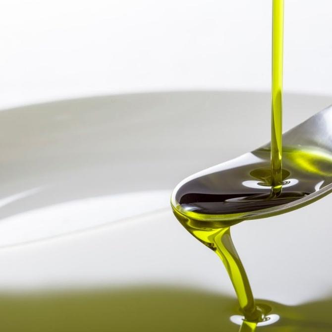 La importancia de reciclar aceite usado