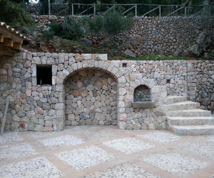Escaleras en piedra natural : SERVICIOS de Tot Pedra