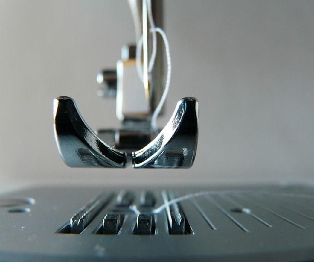 Conoce el mecanismo de una máquina de coser