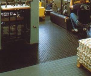 Pavimentos de caucho estriado