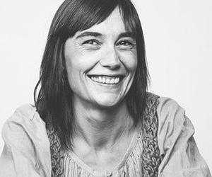 Ahinoa Alkain. Traductora jurada de castellano a euskera.