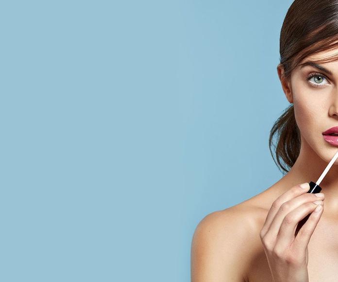 Brillos de labios,tonos del colorete y perfilador de labios. ASIA Peluquería