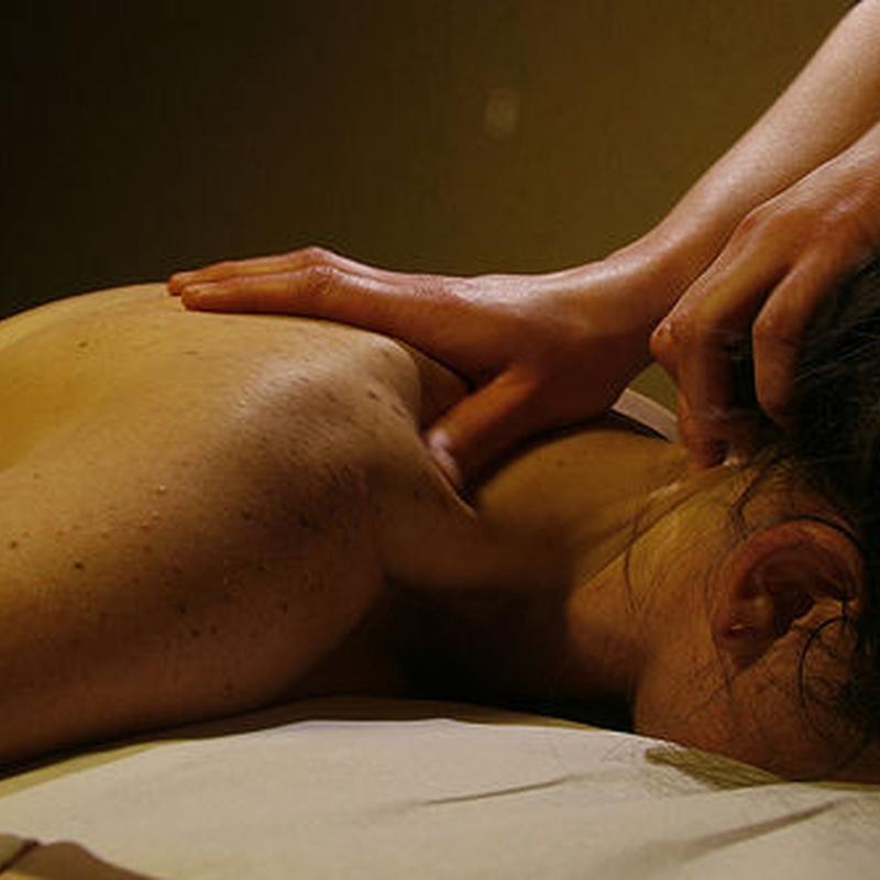 Masaje descontracturantes: Actividades y Servicios de Alma Pilates