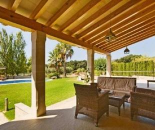 Reforma de vivienda unifamilar con piscina en Alaró