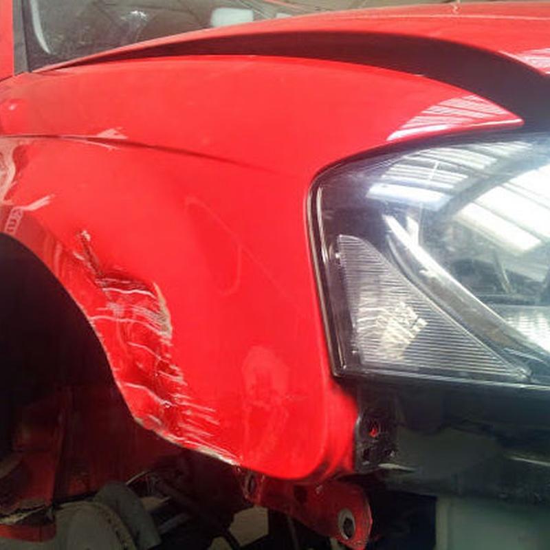 Reparación golpes: Servicios de Solid Garage