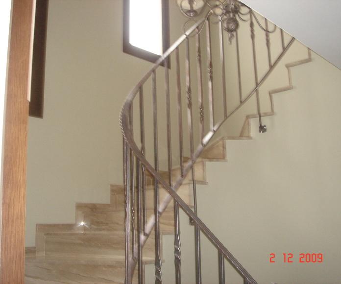 Escaleras de obra: SERVICIOS de Construcciones y Reformas Martínez-Belenguer, S.L.