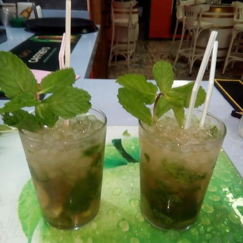 Tapas y copas en Costa Teguise