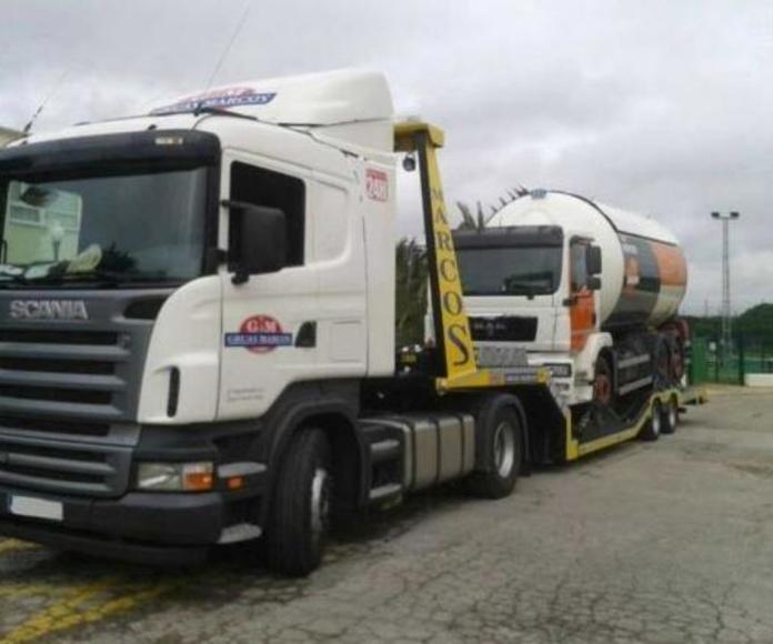 Camión remolcador para camiones de gran tonelaje: Grúas  de Grúas Marcos