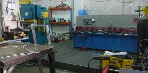 Estructuras metálicas en todo tipo de materiales. Metalistería en hierro, acero, latón y aluminio