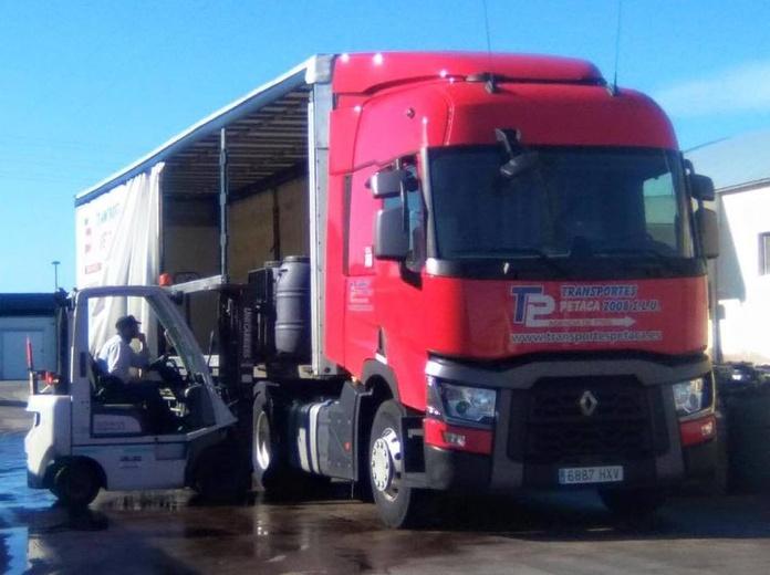 Qué ofrecemos: Servicios de Transportes Petaca