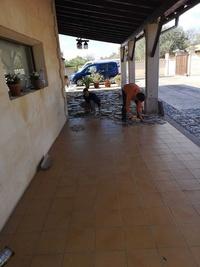 CAMBIO DE  BALDOSAS EN POCHE EXTERIOR EN MALLORCA