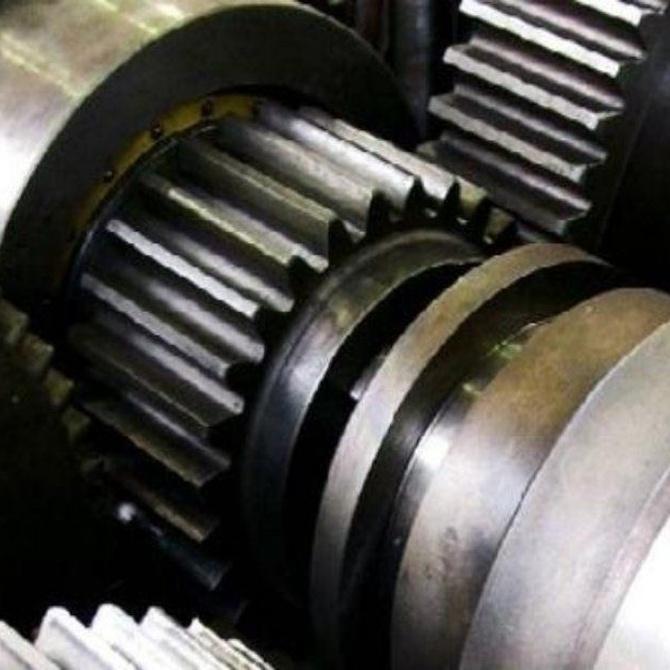 Importancia de la lubricación en engranajes y mecanizados