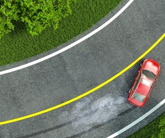 Chapa y pintura de tu vehículo: Somos un oasis para la... de TALLERS MONTECARLO