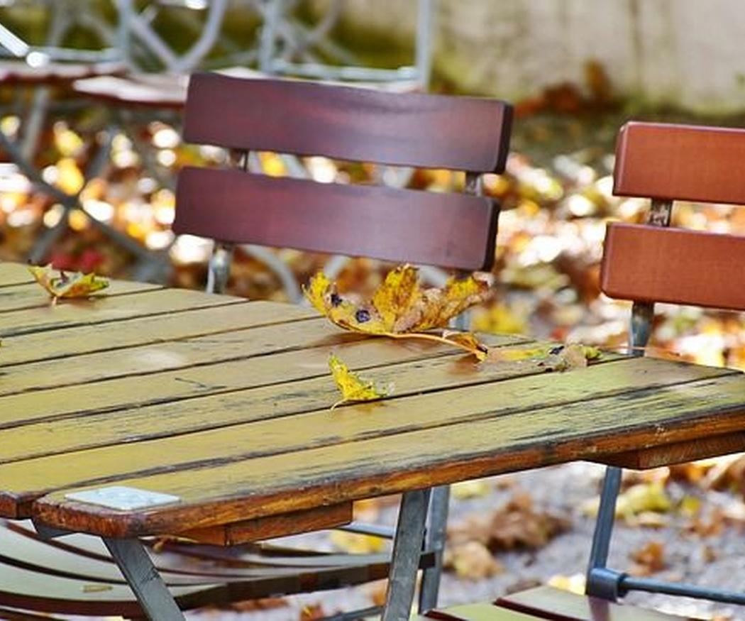 Los materiales más demandados para sillas y mesas de jardín