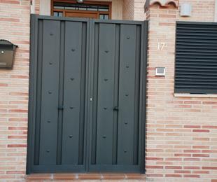 Puertas de exterior de hierro