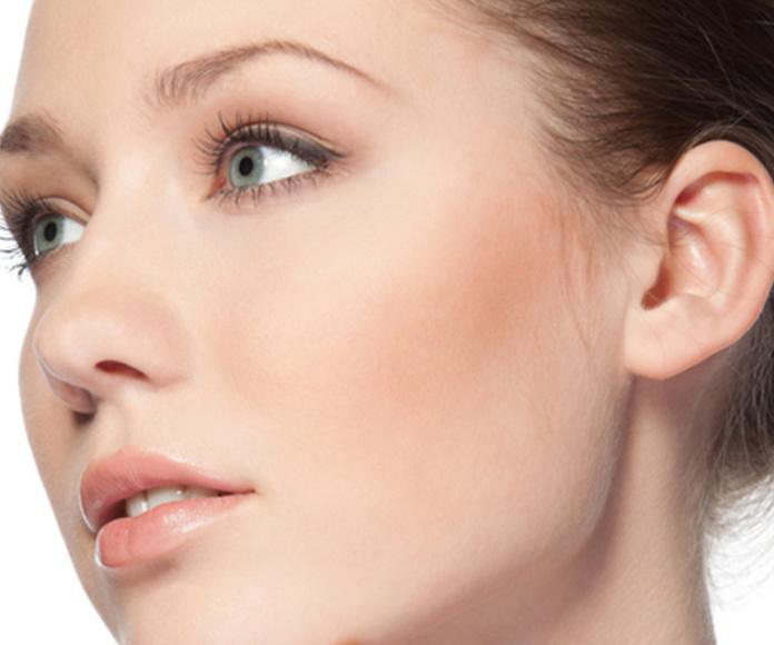 Otoplastia o cirugía de orejas: Servicios de Doctor Philippe Valenza