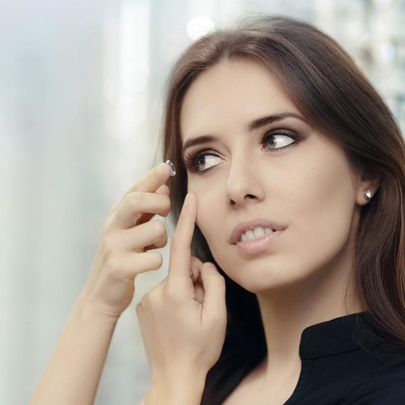 Adaptación de lentes de contacto: Servicios de Optimas