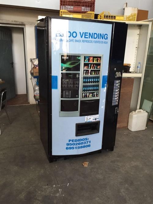 Fotos de Vending en El Ejido | Ejido Vending - El Botellón