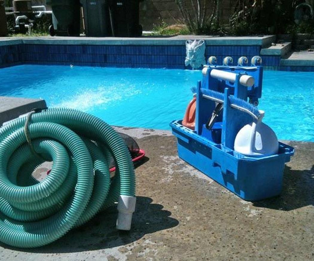 Corregir el pH del agua en una piscina