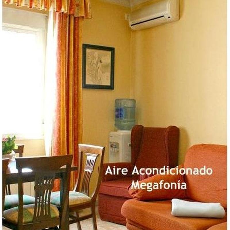 Salas visitas: Servicios e Instalaciones de Residencia Cristo de la Salud