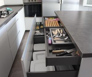 Cocina serie Luxe con encimera color óxido
