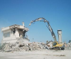 Demolición de la parte antigua del aeropuerto