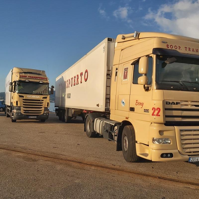 Transporte de contenedores marítimos: Servicios de Agrupación de Transportes Puerto de Vigo - Cooperativa Transpuerto