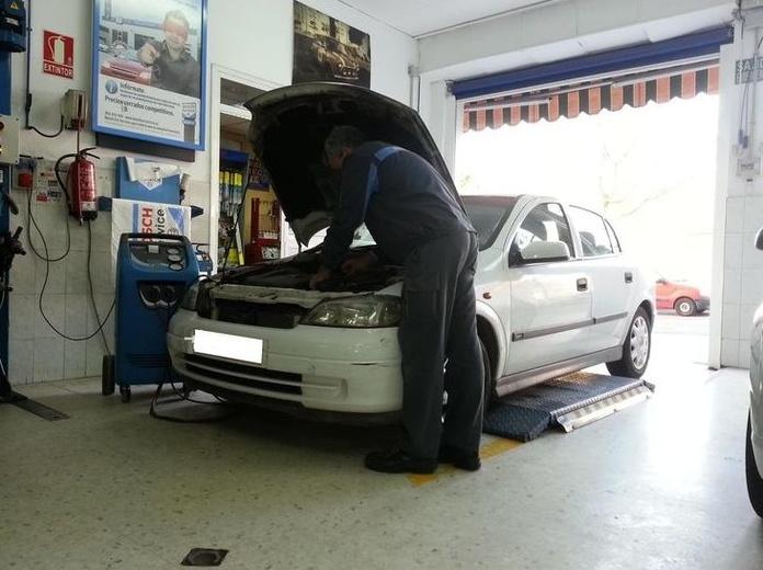 Servicio de climatizadores: Servicios  de Taller Mecánico Moreno Motor