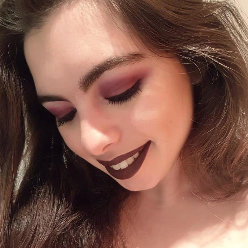 Curso. Maquillaje navideño: Servicios de C. López