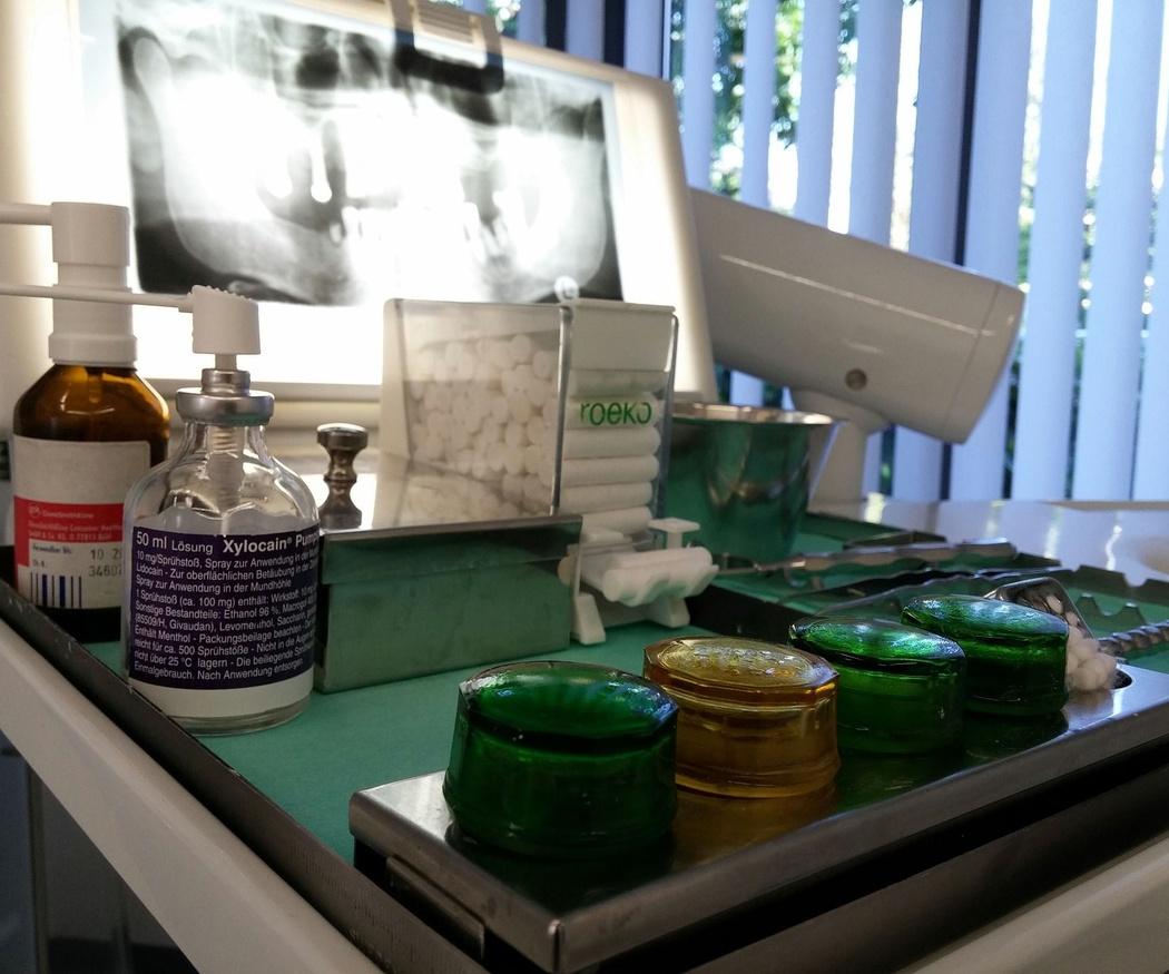 Tipos de implantes dentales y ventajas