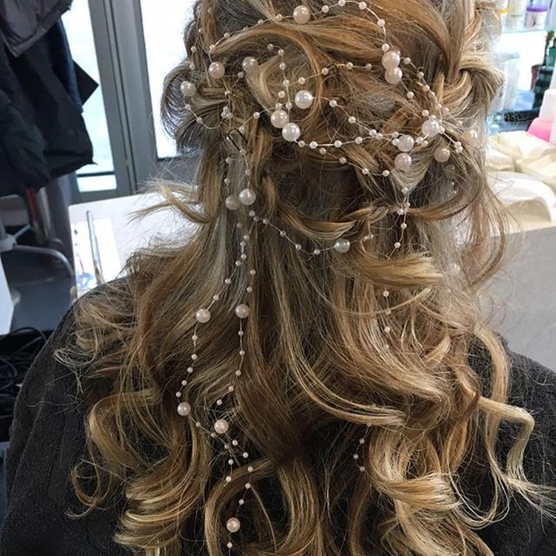 Peinados y maquillaje para novias: Servicios de La Pelu de Toñi Muñoz