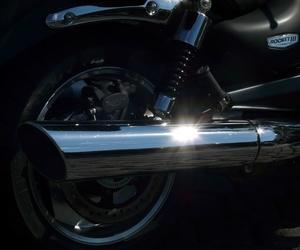 Tubos de escape para motocicletas y ciclomotores