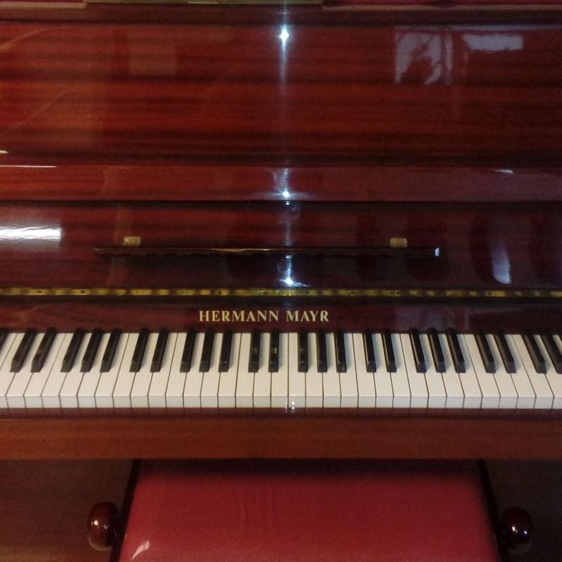 PIANO ALQUILER HERMANN MAYR: Catálogo de L'Art Guinardó