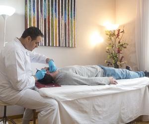 Terapéuta diplomado desde 2001. Medicina tradicional china, auriculoterapia, acupuntura zonal