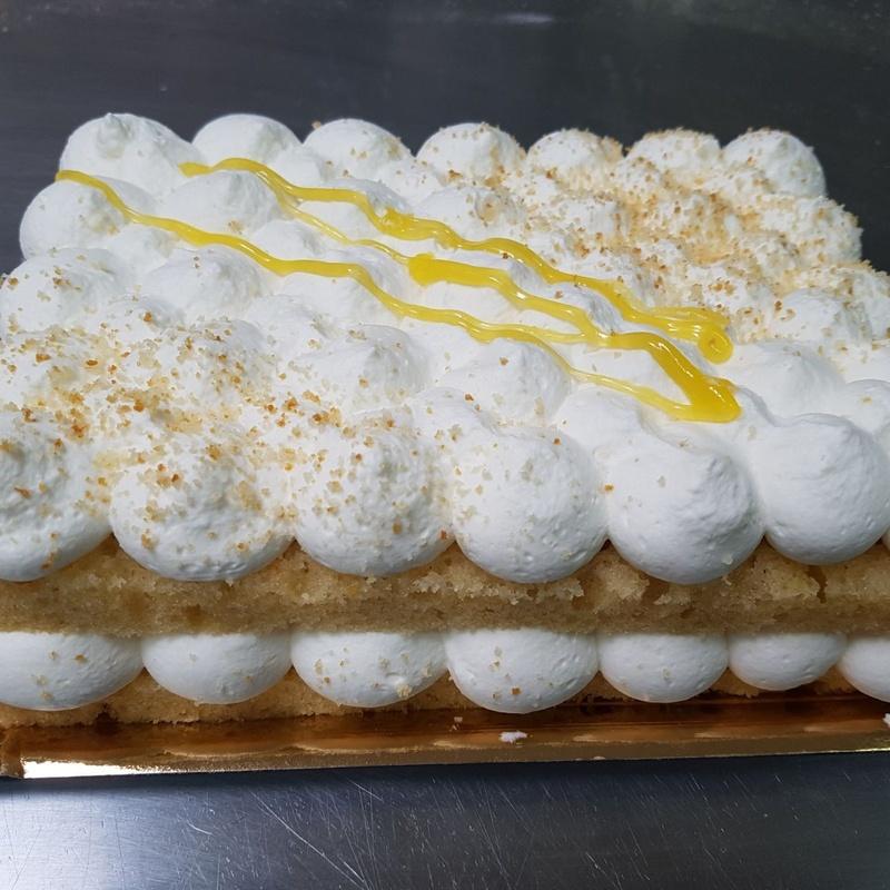 Pastelería y repostería: Productos y servicios de Panadería Pastelería Lázaro Petisme