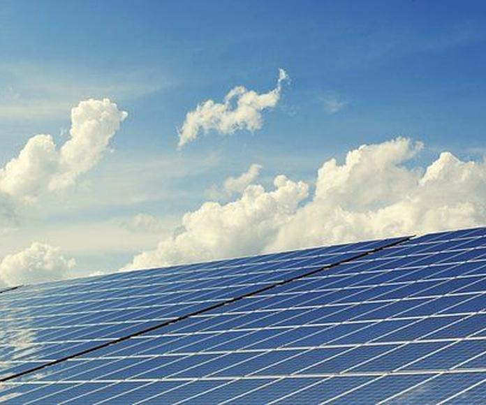 Energía solar: Nuestros servicios de C.A. Instalaciones Fuengirola