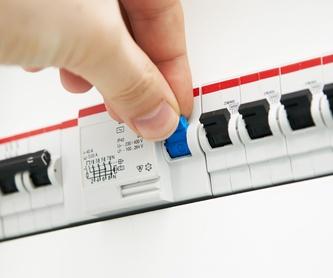 ILUMINACIÓN EXTERIOR JARDÍN : NUESTROS SERVICIOS  de ELECTRONIETO