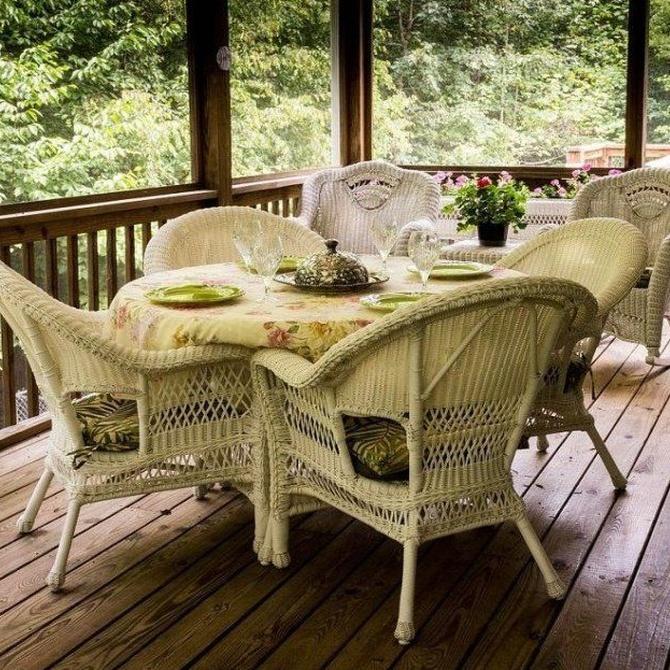 Apuesta por un porche de madera para tu jardín