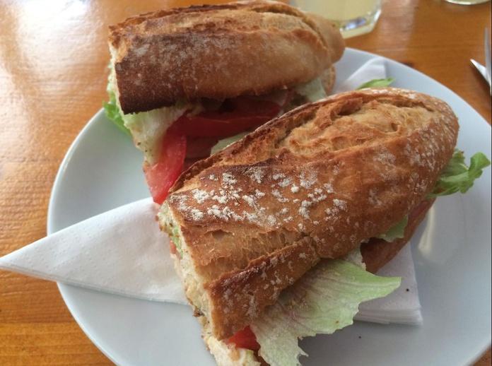 Bocadillos: Menú de Hamburguesería Lina