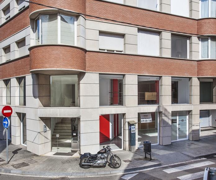 Edificio de Viviendas,  Locales y Tres Sótanos. Barcelona.Ciudad: Proyectos  architectsitges.com de FPM Arquitectura