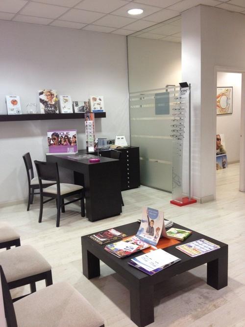 Fotos de Ópticas en Collado Villalba | Centro Óptico Real XXI
