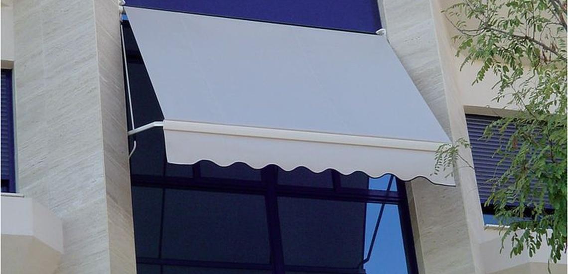 Instalación de cristales y carpintería de aluminio en Valdemoro para emplazamientos muy diferentes