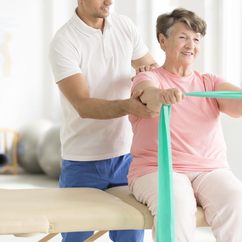 Rehabilitación y fisioterapia: Servicios de Residencia-Centro de Día MV Geriatría